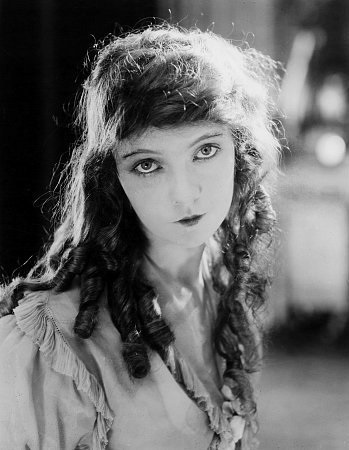 Lillian-Gish-4