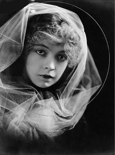 Lillian-Gish-5